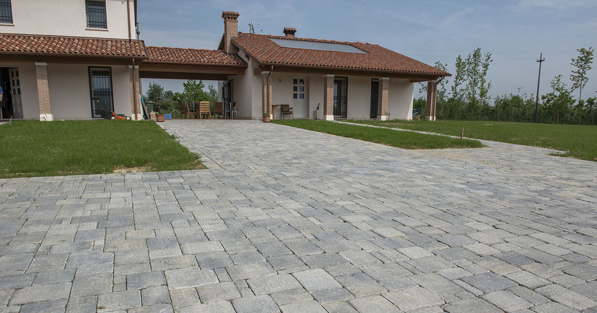 Pavimenti In Cemento Per Esterno : Pavimenti per esterni in cemento e in porfido vorabbi enrico